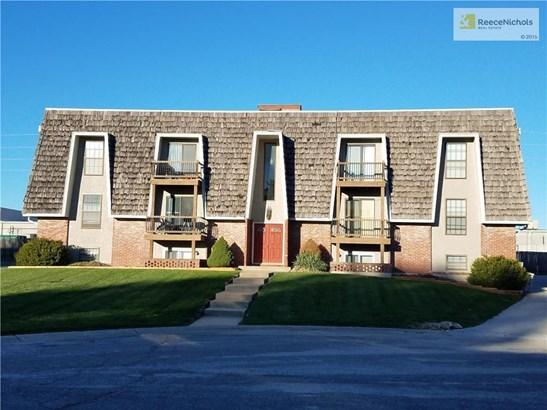 1315 Nw 6th Terrace, Blue Springs, MO - USA (photo 2)