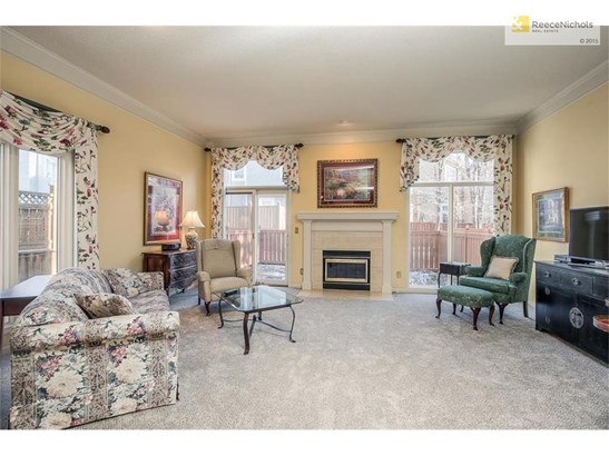 Living room w/great natural light! (photo 2)