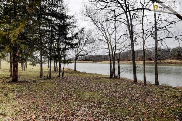 Private Lake (photo 3)