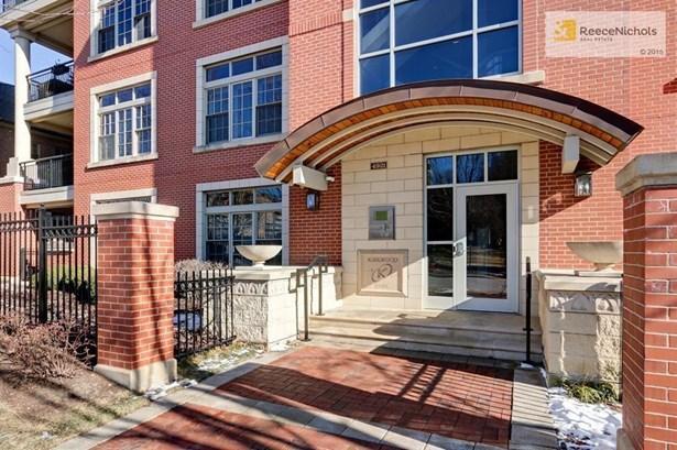 4921 Wyandotte Street 400     , Kansas City, MO - USA (photo 1)
