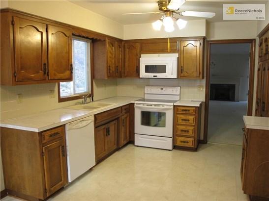 12851 Cambridge Terrace, Leawood, KS - USA (photo 2)