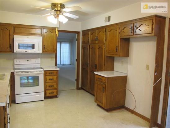 12851 Cambridge Terrace, Leawood, KS - USA (photo 3)