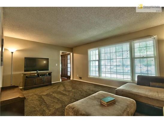 7405 Crisp Avenue, Raytown, MO - USA (photo 5)