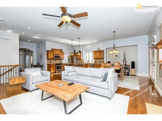 8510 Barstow Street, Lenexa, KS - USA (photo 4)