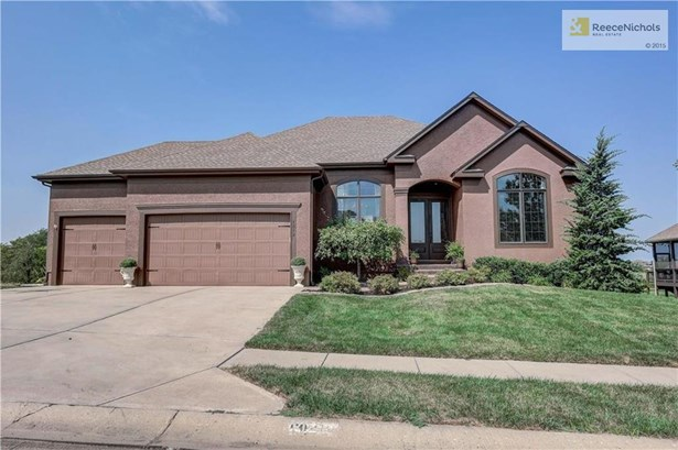 1312 Creekmoor Drive, Raymore, MO - USA (photo 1)