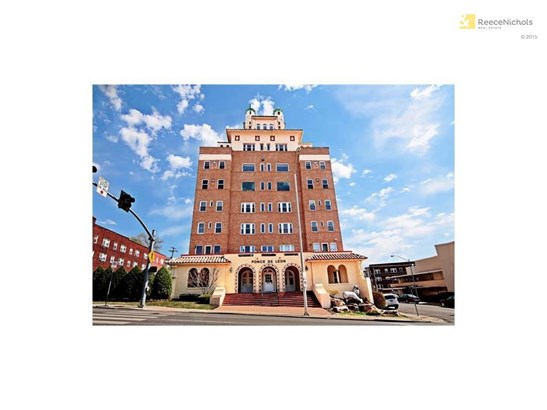 4555 Main Street 406     , Kansas City, MO - USA (photo 1)