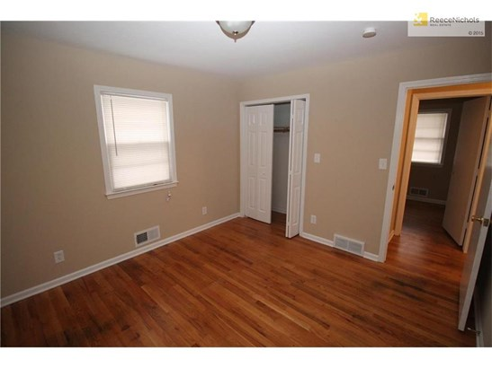 8245 Lydia Avenue, Kansas City, MO - USA (photo 4)