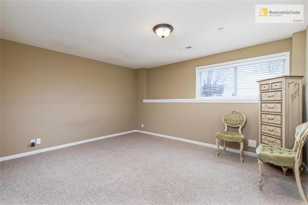 700 Sw Admiral Byrd Court, Lees Summit, MO - USA (photo 5)