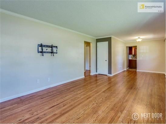8105 Orville Avenue, Kansas City, KS - USA (photo 5)