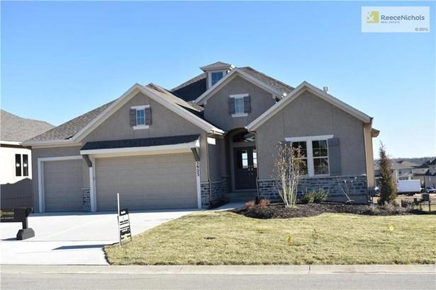 5923 Lakecrest Drive, Shawnee, KS - USA (photo 2)