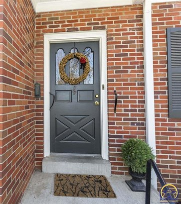 1503 Stratford Rd , Lawrence, KS - USA (photo 2)