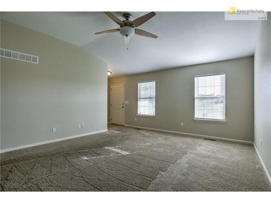14500 Eastern Court, Grandview, MO - USA (photo 5)