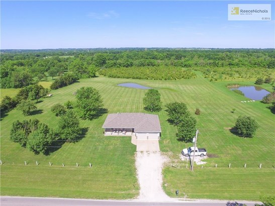 7.3 acre homestead with a pond and trees! (photo 2)