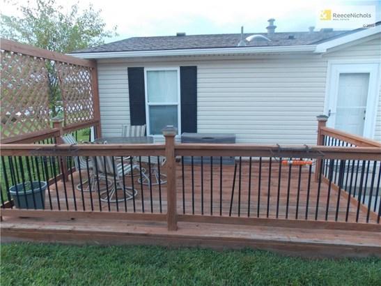 1002 Ne White Oak Lane, Oak Grove, MO - USA (photo 4)