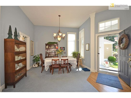 Formal Dining Room off the Foyer (photo 4)