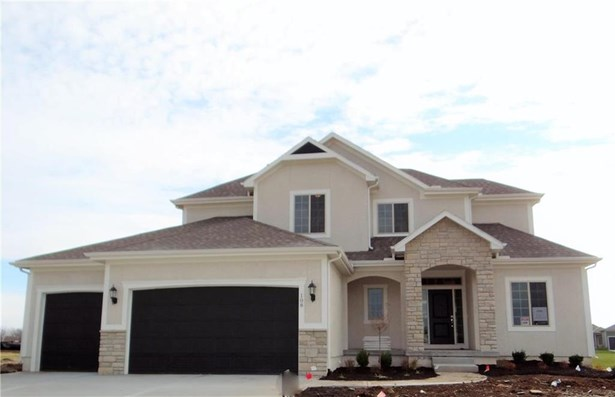 The Cherry Creek II!  Beautiful 1.5 Story home.