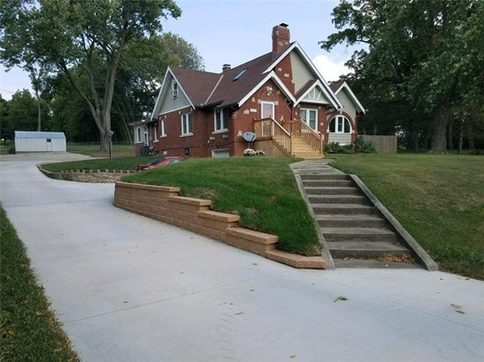 3121 Pickett Road, St. Joseph, MO - USA (photo 1)