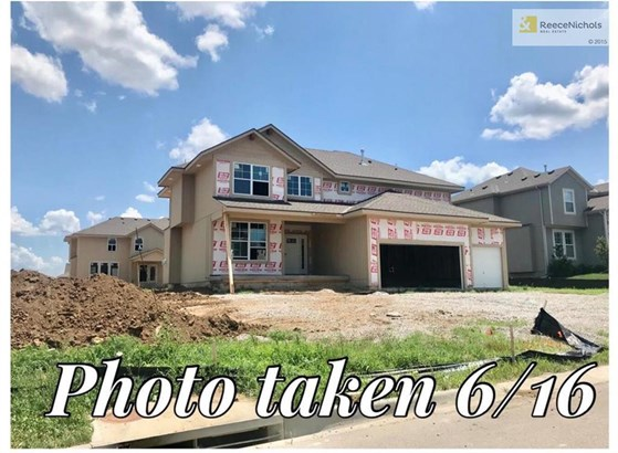 5125 Meadow Lark Drive, Shawnee, KS - USA (photo 3)