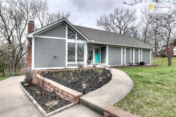7916 Nw Eastside Drive, Weatherby Lake, MO - USA (photo 1)
