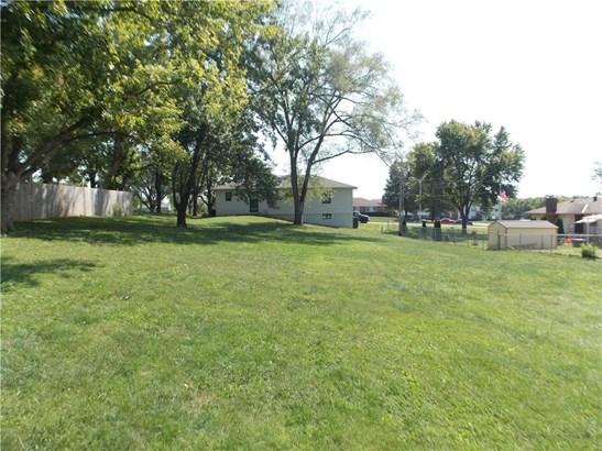 7518 Parallel Parkway, Kansas City, KS - USA (photo 3)
