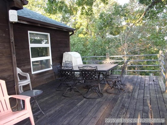 Lakeside Deck (photo 5)
