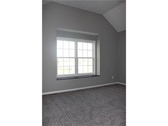 Main Floor Bedroom #2 (photo 2)