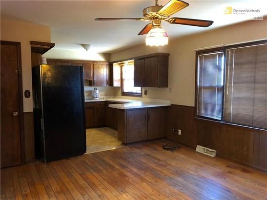 8418 Booth Avenue, Raytown, MO - USA (photo 5)