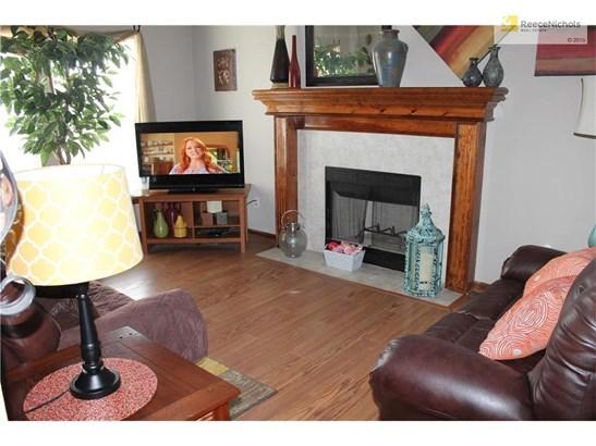 Living room. (photo 4)