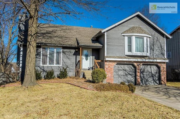 917 Nw Woodlynne Drive, Blue Springs, MO - USA (photo 2)