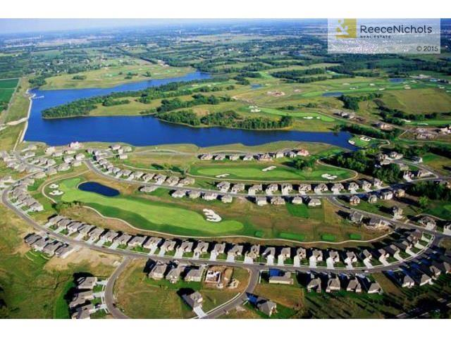 Creekmoor Offers: 108 Acre Lake | Golf | Hiking & Biking Trails | Swimming Pool walk-in zero entry| Tennis Courts (photo 4)