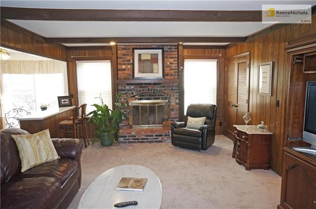 Brick Fireplace~Wood Beams (photo 3)