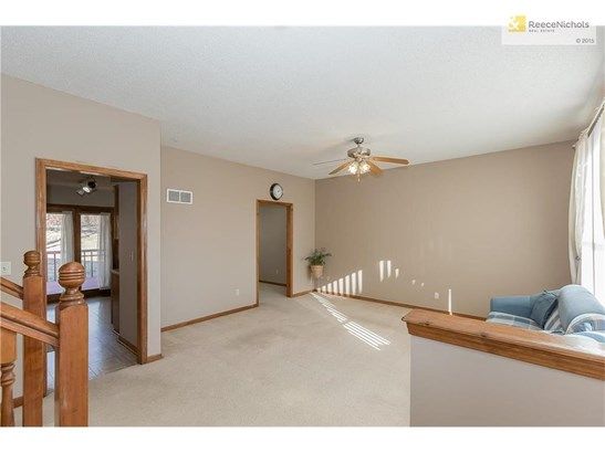 Large living room (photo 5)