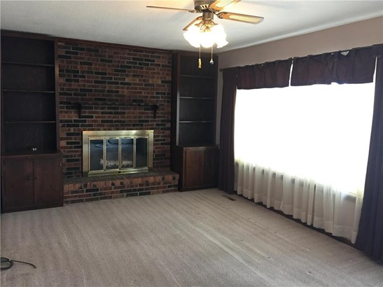 Main level living room. (photo 4)