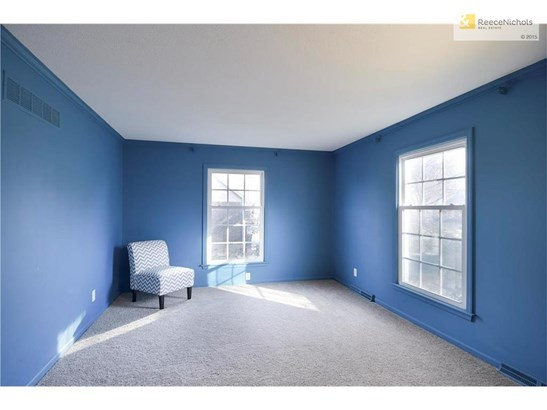 To the right of the foyer is the formal living room, brand new carpet and fresh paint make this space perfect for a second living area, office, playroomthe list goes on! (photo 5)