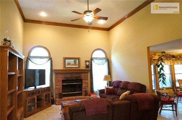 4733 S Tierney Drive, Independence, MO - USA (photo 4)