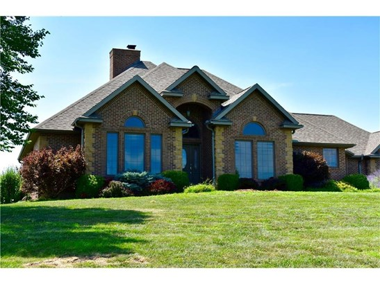an exquisite Johnson County estate situated on 31 acres (photo 1)