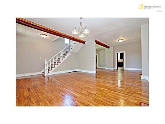 All open floor plan! Loft type living without the HOA fees! (photo 2)