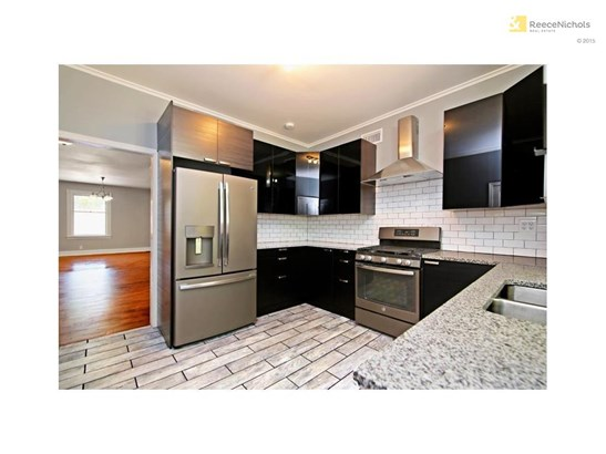 All new kitchen with Stainless Steel appliances and granite countertops. (photo 4)