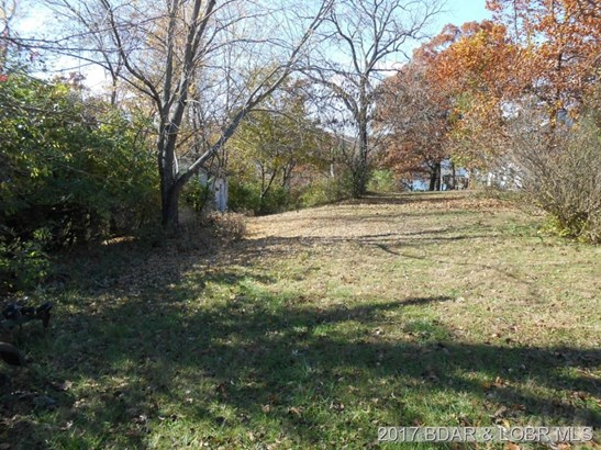 Over 2 12 Lake Front Acres (photo 3)