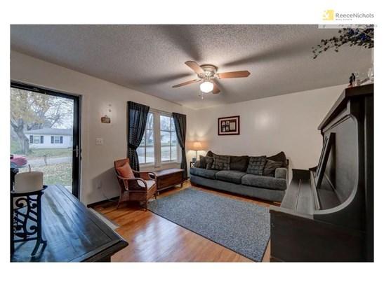 6305 E 152nd Street, Grandview, MO - USA (photo 3)