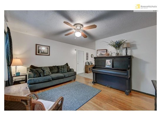 6305 E 152nd Street, Grandview, MO - USA (photo 4)