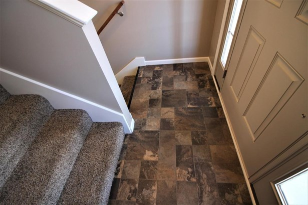 Flooring in Entry (photo 4)