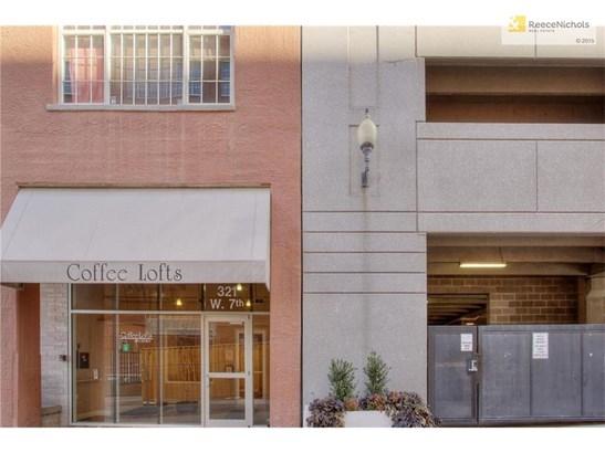 321 W 7th Street 406     , Kansas City, MO - USA (photo 2)