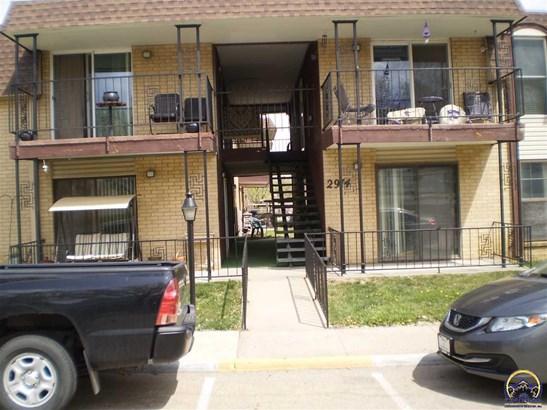 2914 Sw Lydia Ave  #103    , Topeka, KS - USA (photo 2)