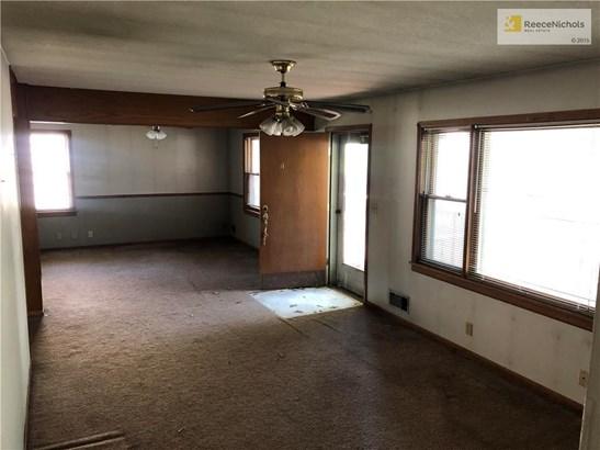 10806 Grandview Road, Kansas City, MO - USA (photo 2)