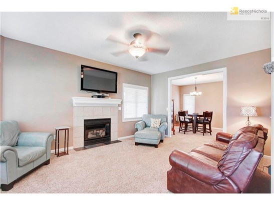 15507 Bradfort Court, Basehor, KS - USA (photo 5)
