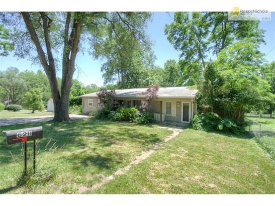 6211 Sewell Avenue, Kansas City, KS - USA (photo 3)