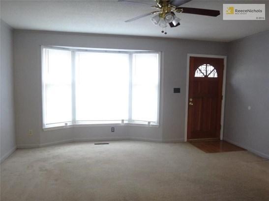 8701 E 83rd Terrace, Raytown, MO - USA (photo 2)