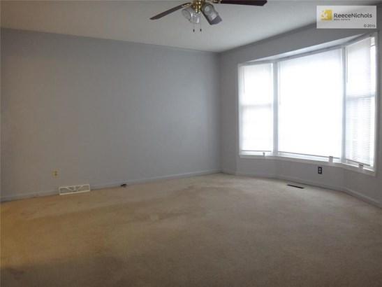 8701 E 83rd Terrace, Raytown, MO - USA (photo 3)