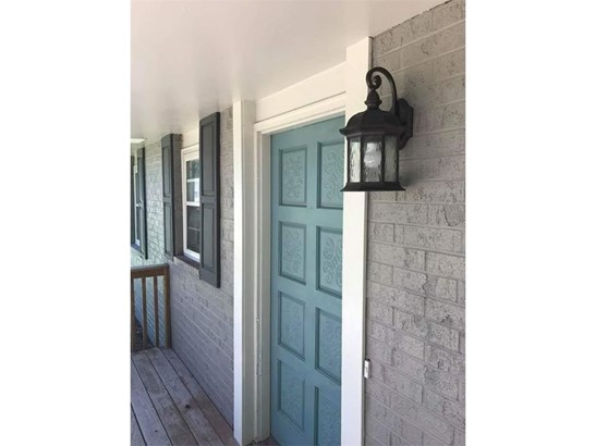 Front Door - Trendy colors and all new fixtures throughout! (photo 3)